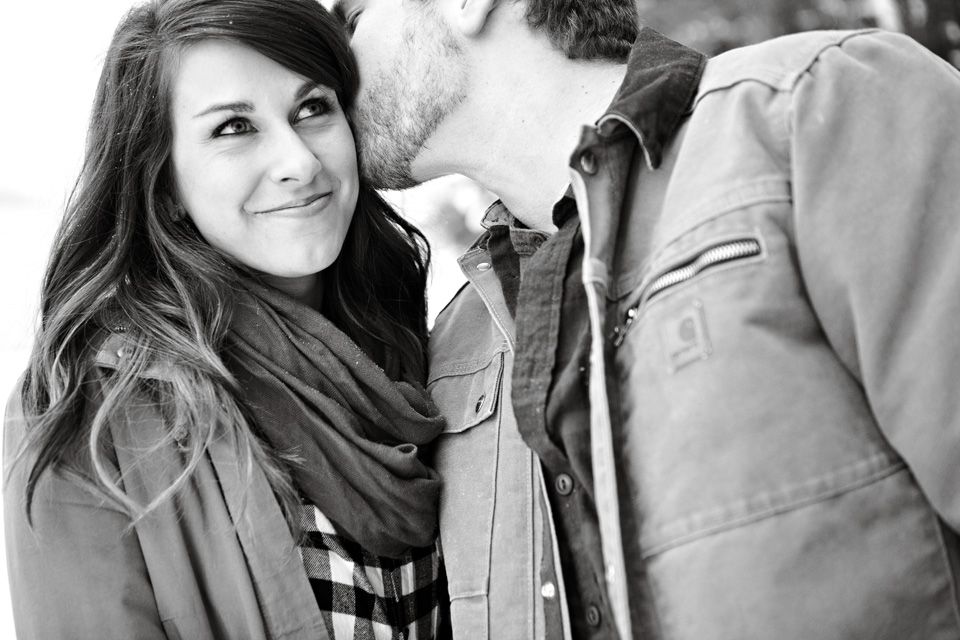 Cozy engagement session pictures