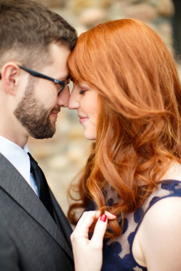 Outdoor engagements in the sun of Golden Colorado