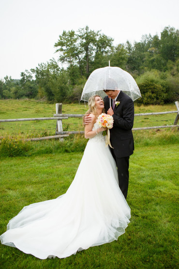 Rainy Montana Wedding Pictures