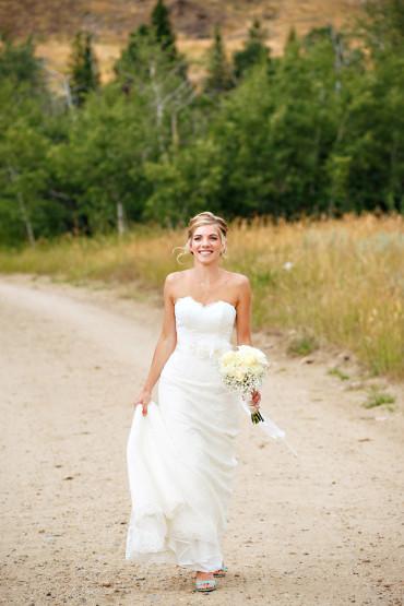Choosing the right wedding photographer